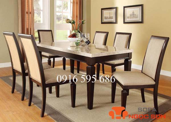 Bọc ghế bàn ăn bằng nỉ rất mềm và êm