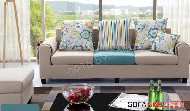 Tìm địa chỉ đóng ghế sofa phòng khách nhỏ giá rẻ theo yêu cầu
